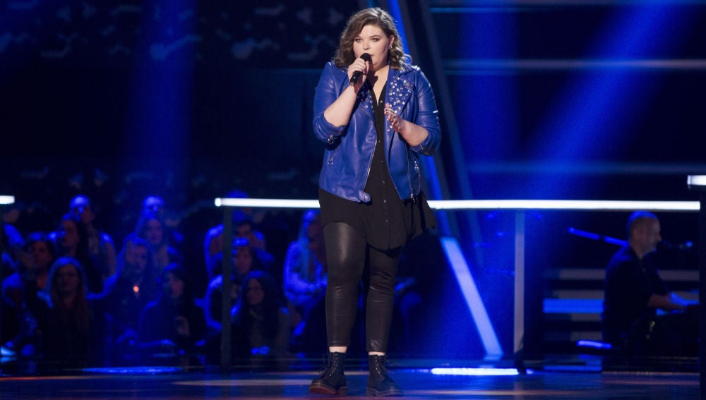 VÍDEO-LA VOZ: Hannah Labotka canta 'When we were young' en los Asaltos de 'La Voz'