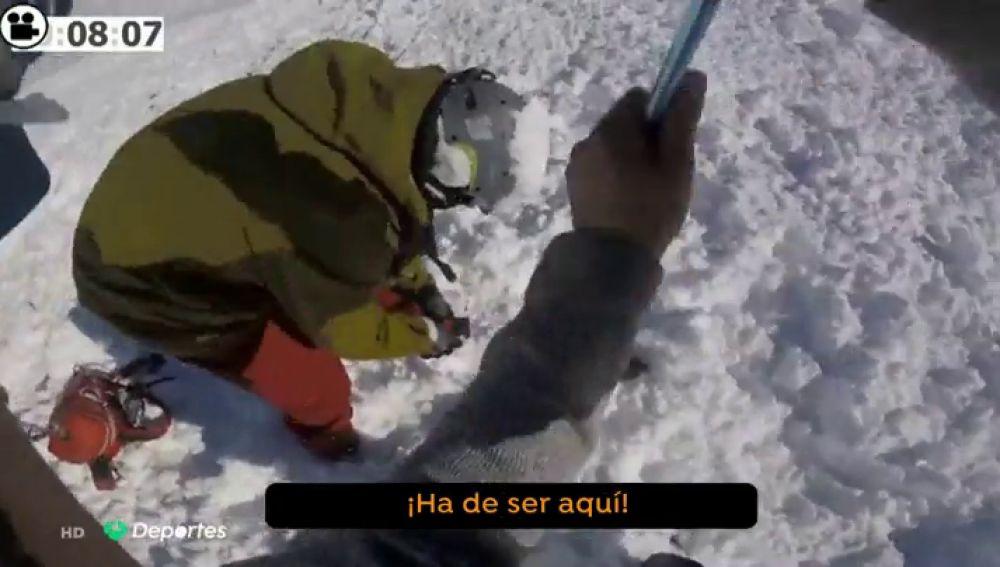 El angustioso rescate del esquiador que quedó atrapado tras una brutal avalancha en Baqueira: más de diez minutos sepultado en la nieve