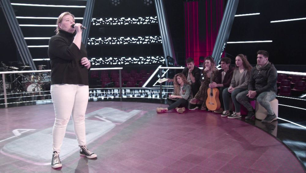 """VÍDEO-LA VOZ:Pablo López, feliz con los ensayos de Hannah Labotka: """"Es una suerte que esta canción haya caído en tu voz"""""""