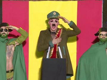 La fantasía 'Arde España' de la gala drag del carnaval de Las Palmas de Gran Canaria