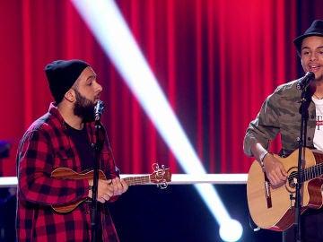 VÍDEO-LA VOZ: Domingo Ondiz y Roy Borland se lanzan a improvisar al estilo libre en 'La Voz'