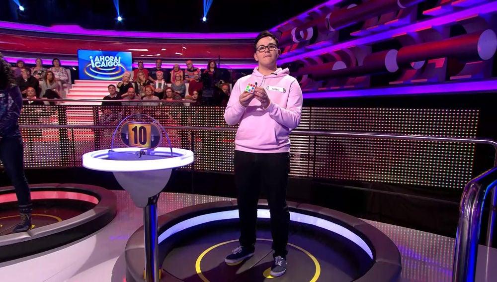 El reto de un concursante de '¡Ahora caigo!': completar el cubo de rubik en 30 segundos