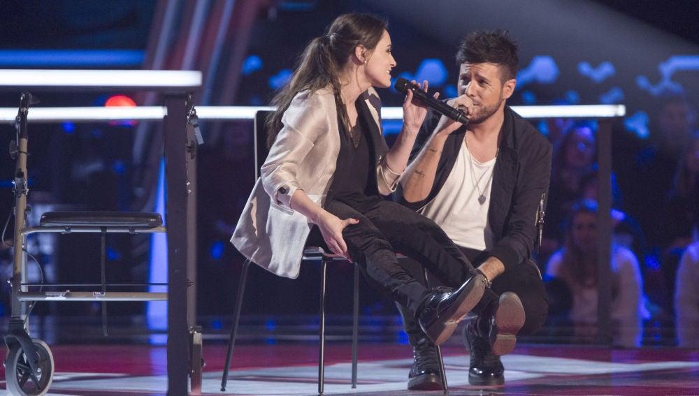 VÍDEO-LA VOZ:Pablo López canta con Miriam Fernández con mucha emoción 'Sin miedo a nada' en 'La Voz'