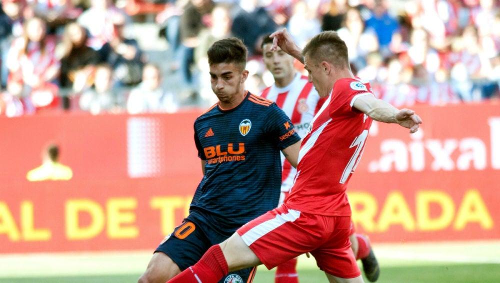 Ferrán Torres, ante el Girona