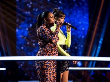 VÍDEO: Beatriz Pérez y Linda Rodrigo cantan 'The way you make me feel' en la Batalla de 'La Voz'