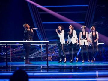 Vídeo: Actuación Lia Kali y Les Fourchettes cantan 'Flames'