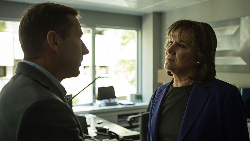 Ana Wagener y Antonio de la Torre en la película de Atresmedia Cine, 'El Reino'