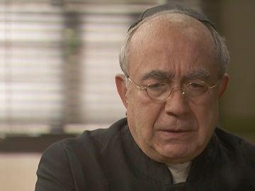 La confesión de Don Anselmo que condena a Carmelo y Berengario
