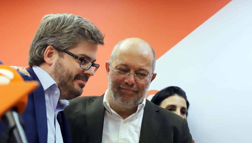 El candidato de Cs a la Presidencia de la Junta de Castilla y León, Francisco Igea, junto al secretario de Organización del partido, Fran Hervías