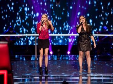 Palomy y Marina Damer cantan 'Peces de ciudad' en la Batalla de 'La Voz'