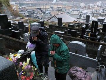 Japón llora a las víctimas del tsunami.
