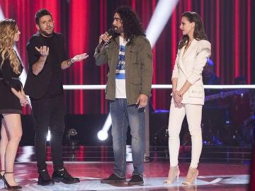 """Pablo López se despide muy emocionado de Tomás Basso en 'La Voz': """"Quiero ser tu amigo, yo quiero hacer un concierto contigo"""""""