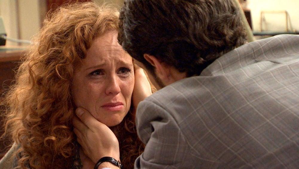"""Ana descoloca a Carlos: """"Quería vengarme de tu familia pero me enamoré de ti"""""""