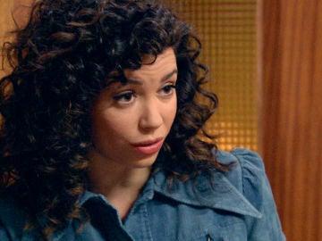 Amelia desconfía de la reacción de Marcelino tras saber que está con Luisita