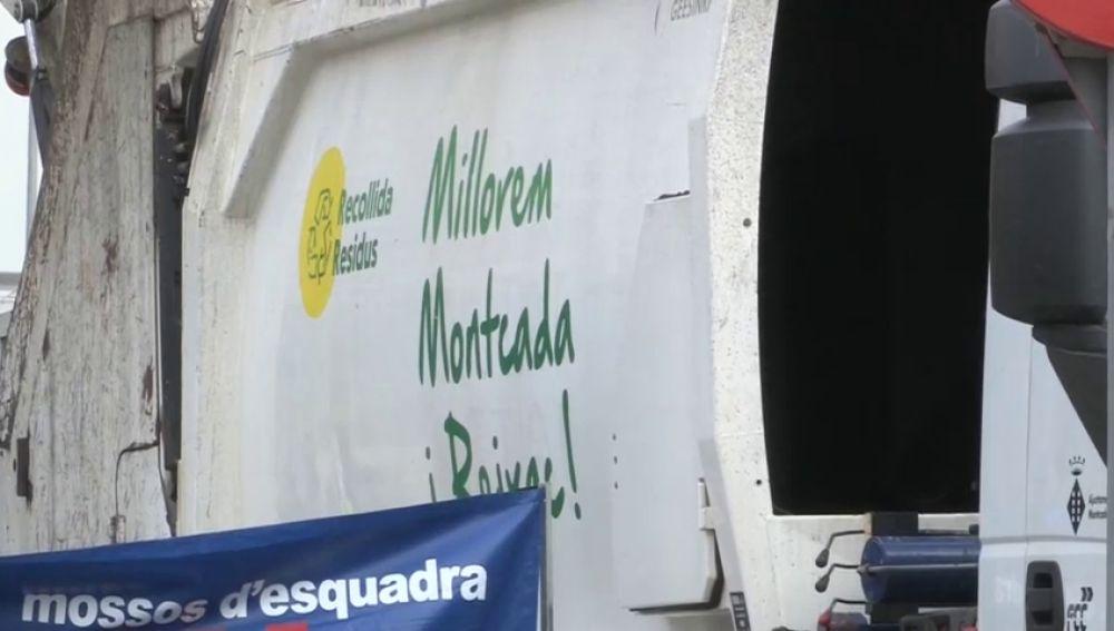 Investigan la muerte de un bebé encontrado en un contenedor en Montcada (Barcelona)