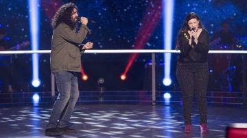 Auba Murillo y Tomás Basso cantan 'Si tú no vuelves' en la Batalla de 'La Voz'