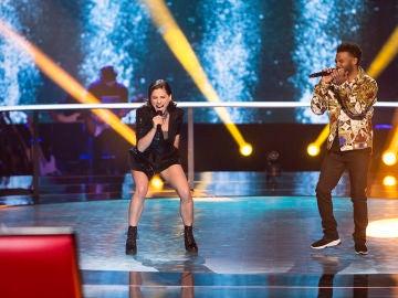 Teresa Ferrer y Marcelino Damion cantan 'Sign of the times' en la Batalla de 'La Voz'
