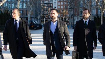 Los líderes de Vox, Javier Ortega Smith, Santiago Abascal y Iván Espinosa.