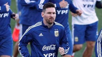 Leo Messi se entrena con la selección de Argentina