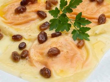 Pincho de ravioli de queso y calabaza