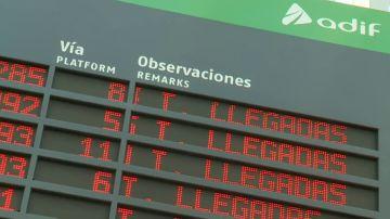 Una veintena de trenes AVE, afectados por una avería eléctrica en Atocha