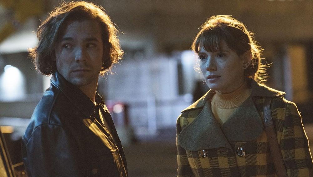 """Una misteriosa chica acaba con la felicidad de Robert: """"Ya eres libre"""""""