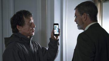 Jackie Chan y Pierce Brosnan en 'El extranjero'