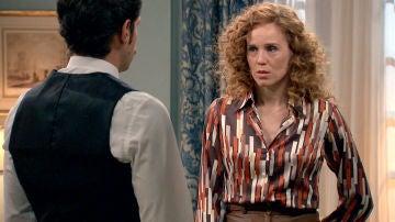 Natalia habla con Carlos del fallecimiento de su hermano y su prometido
