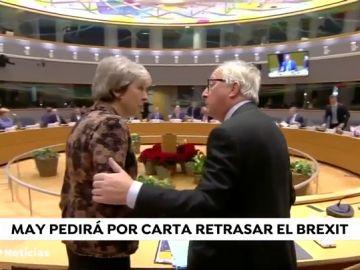 May prepara una carta para el presidente del Consejo Europeo para solicitar la prórroga del 'brexit'