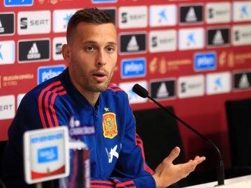 Sergio Canales en rueda de prensa