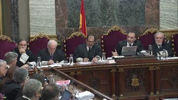 El tribunal del 'procés' califica de impertinente el interrogatorio de un abogado defensor a un guardia civil