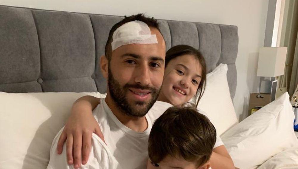 Ospina, con su familia