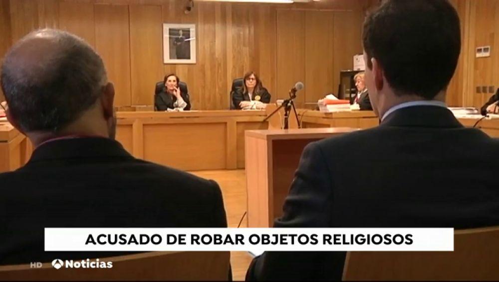 REEMPLAZO Juzgan a un cura acusado de robar objetos religiosos en varias parroquias de Lugo