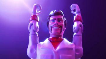 Duke Caboom, interpretado por Keanu Reeves en 'Toy Story 4'