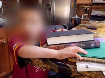 Detenida una mujer por abusar y maltratar a sus siete hijos adoptados en Arizona