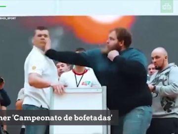 Primer 'Campeonato de bofetadas': el campeón deja KO a varios rivales