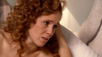 Natalia le confiesa a Carlos el secreto más despiadado de Gabriel