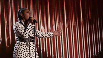VÍDEO: Linda Rodrigo canta 'Rise up' en los Directos de 'La Voz'