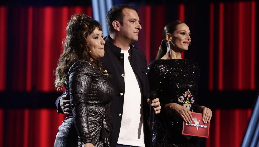 Antonio Orozco fascinado con la actuación de Lia Kali en los Directos de 'La Voz'