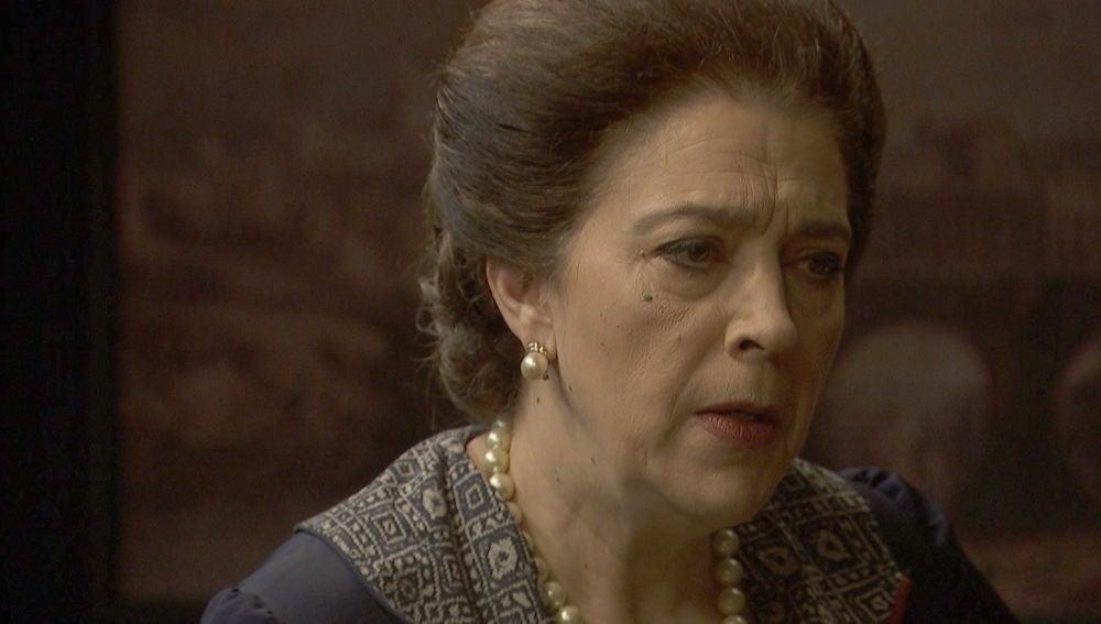 """Francisca sentencia: """"Pronto estará a mis pies rogándome por su vida"""""""