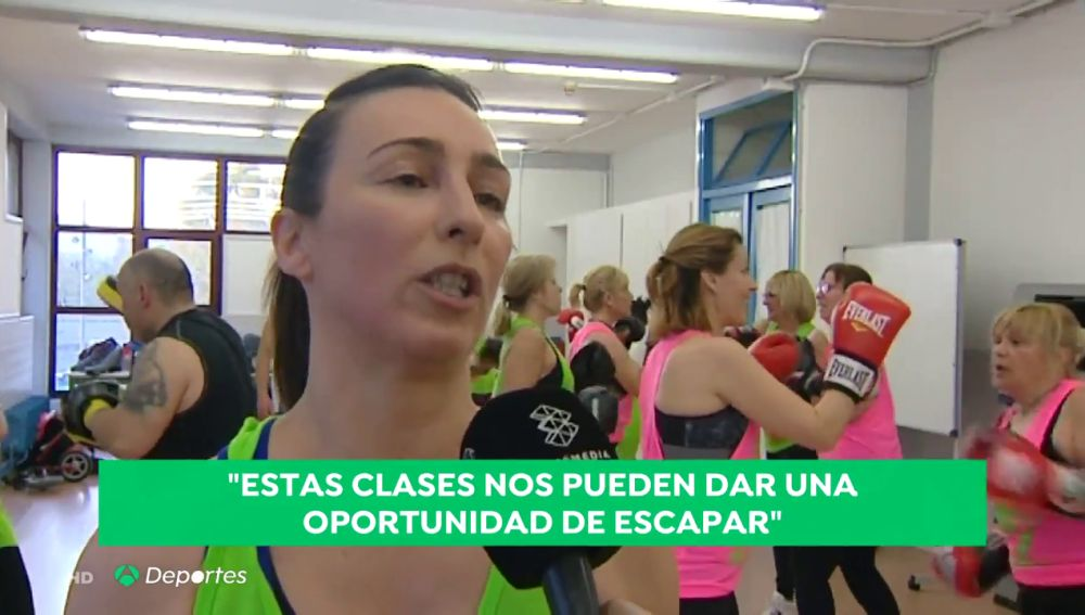 Enseñar a las mujeres a defenderse mediante el boxeo: la iniciativa de José y Alfonso
