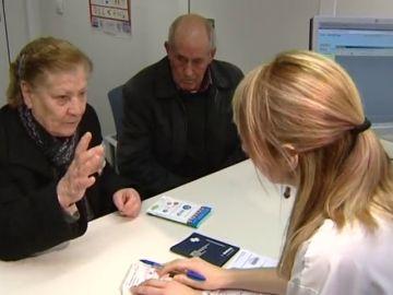 Profesionales sanitarios lanzan una campaña en apoyo al suministro de medicamentos con receta