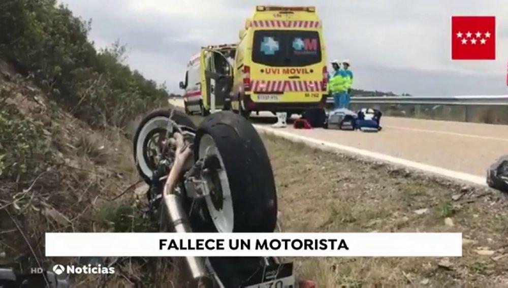 Muere un motorista en choque frontal de dos motos en Madrid