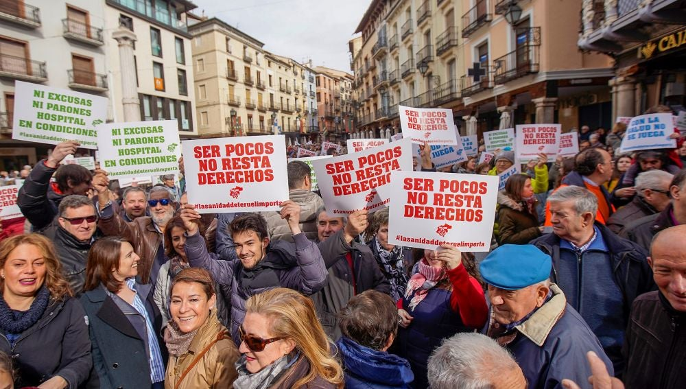 Manifestación en Teruel del movimiento ciudadano de Teruel Existe