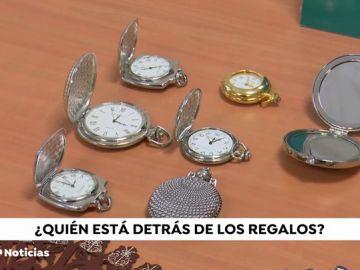 Aparece un nuevo Robin Hood en Mora: bolsos y relojes en las puertas de las casas