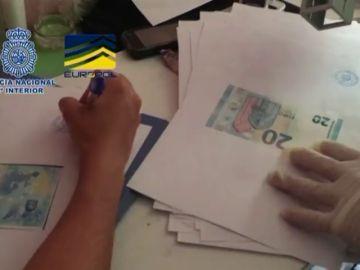 Desmantelan la mayor imprenta de billetes falsos de España