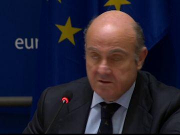 De Guindos: un Brexit sin acuerdo ampliaría la desaceleración de la zona euro