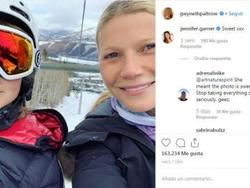 Gwyneth Paltrow junto a su hija
