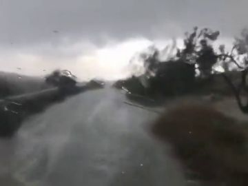 El intenso granizo provoca varios accidentes en Murcia
