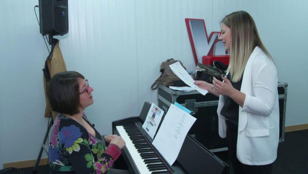 María Espinosa ensaya la canción que cantará con David Bustamante, 'Héroes', en la Final de 'La Voz'